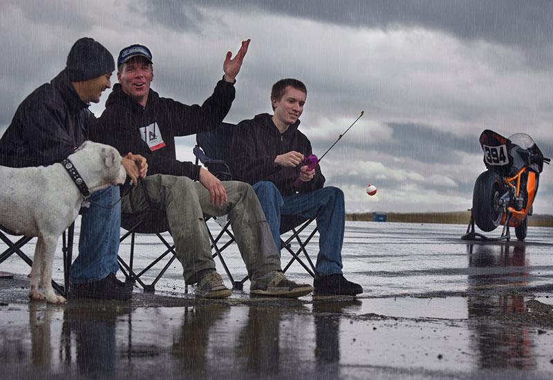 GoGo, Sonny P, Keith - Fishing on Thunderhill's front straight